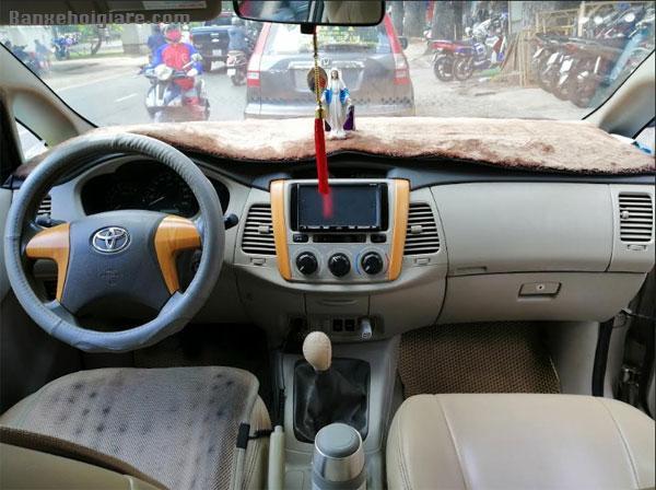 Bán xe Toyota Innova đời T4/2015, chạy được 115.000km
