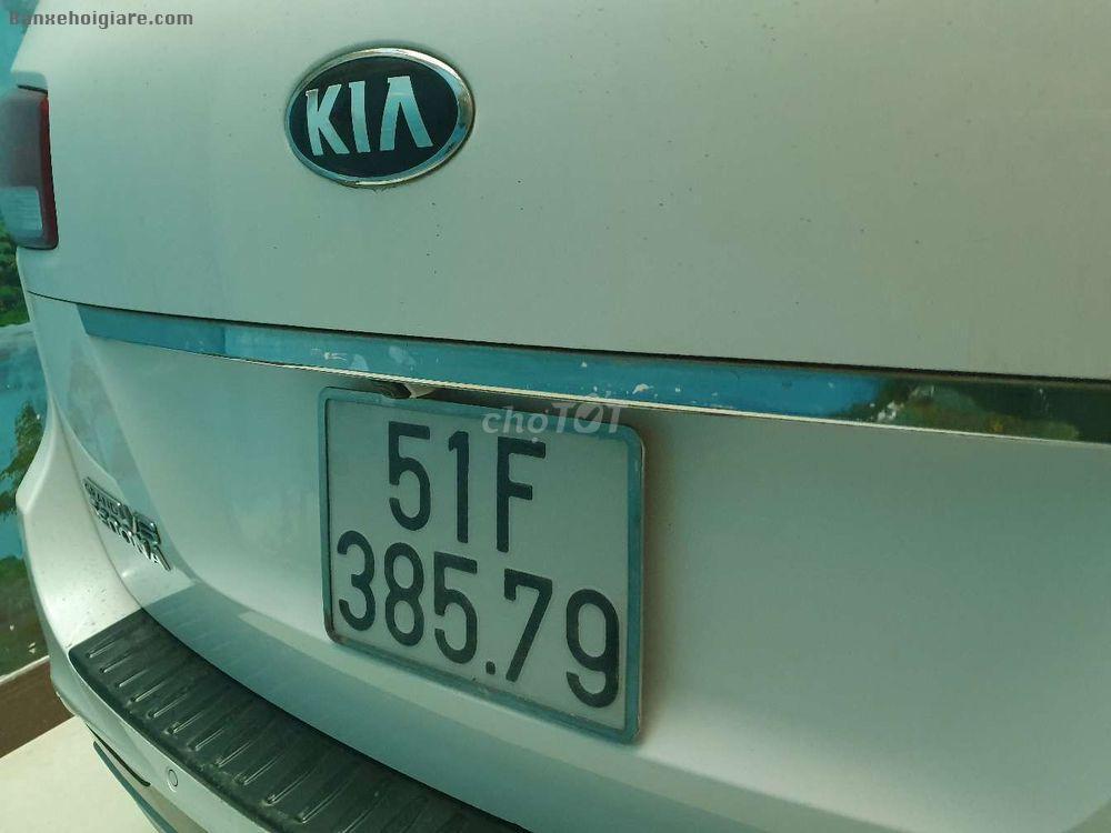 Bán xe Kia Sedona 2015 Tự động
