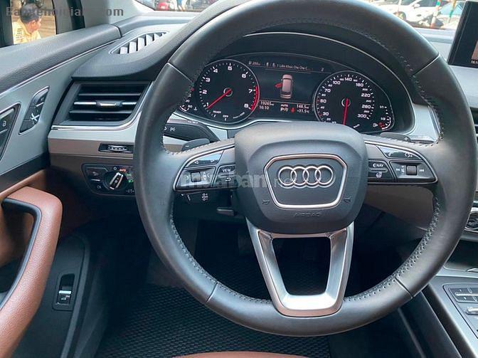 Bán xe Audi Q7 màu đen, động cơ 2.0 Turbo Quattro TFSI, model 2017