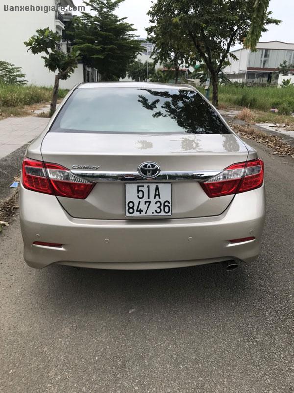 Bán xe Toyota Camry 2.5G , đời 2014 màu vàng cát