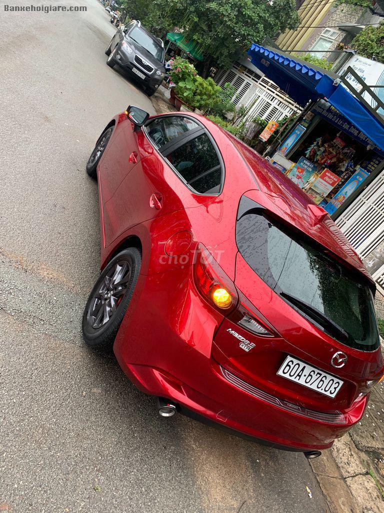 Bán xe Mazda 3 hatchback đỏ cherry dk 9/2019 chính chủ