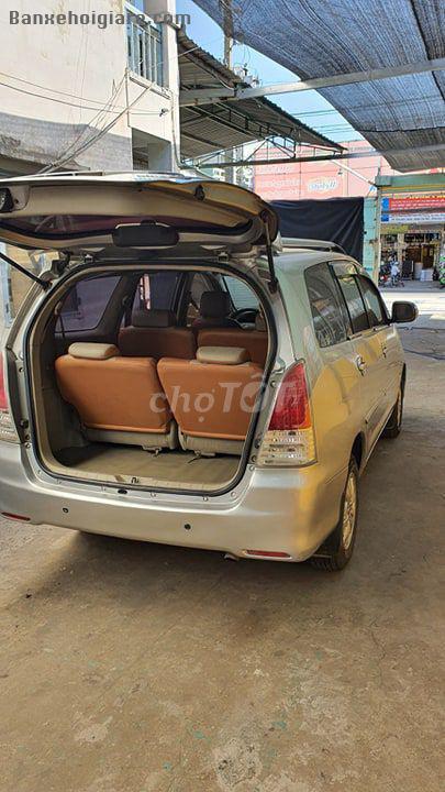 Cần bán xe Toyota Innova 8 chỗ đời 2008 Số sàn