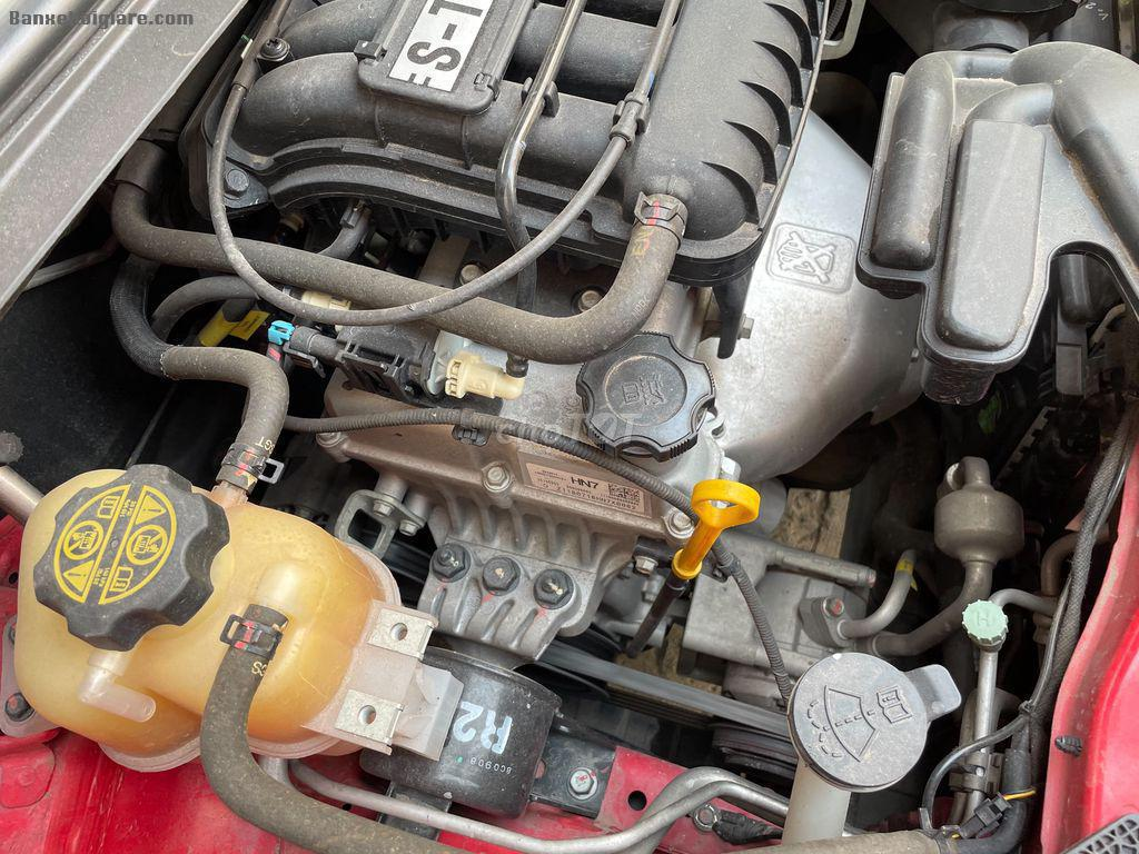 Cần bán xe ô tô 5 chổ Chevrolet Spark