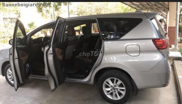 Bán lại chiếc xe Toyota INNOVA 2019 số sàn