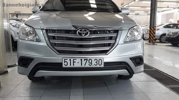Bán hoặc cho Cty thuê xe Toyota Innova E 7C, số sàn, đời cuối 2015