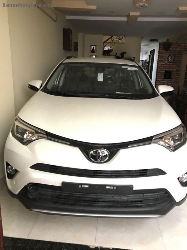 Bán toyota rav4 2017 mới 100%, xe Nhập Nhật, hàng hiếm.
