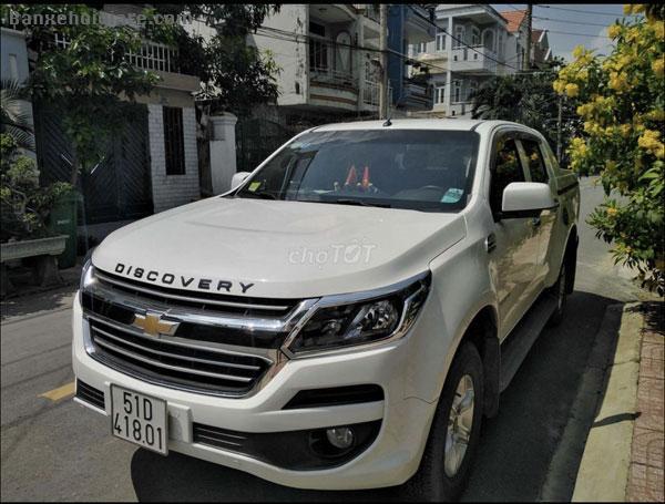 Bán xe Chevrolet Colorado LT 2.5AT màu trắng Sản xuất 2018 số tự động