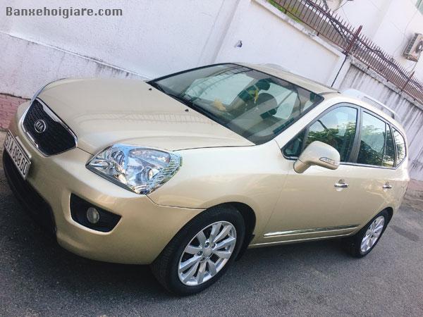 Bán xe Kia Caren 2011 bản cao cấp nhất 2.0, số tự động, màu vàng cát