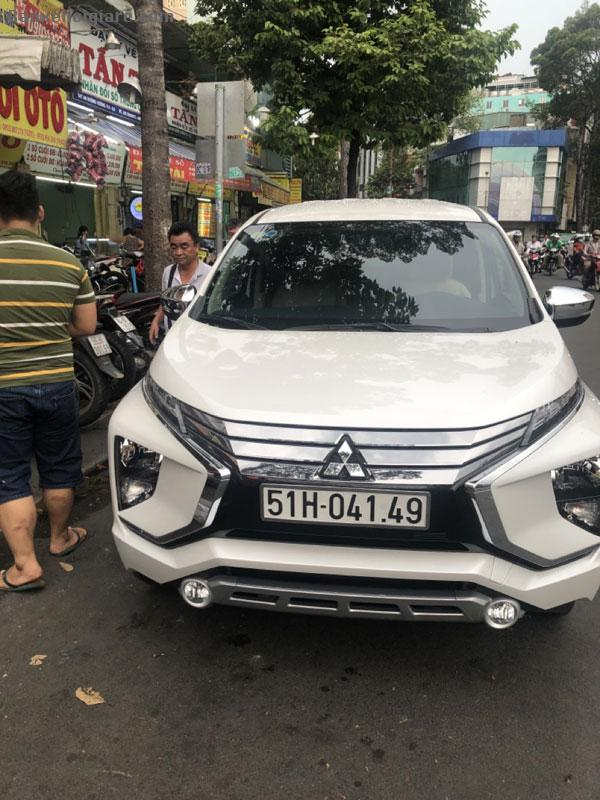 Bán xe Mitshubishi Xpander đời 2019, số tự động, màu trắng,