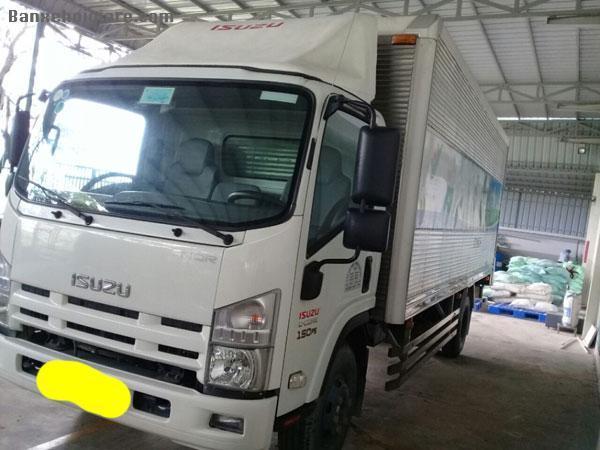 Bán xe tải 5,5 tấn, hạ tải còn 4.7 tấn,  hiệu ISUZU
