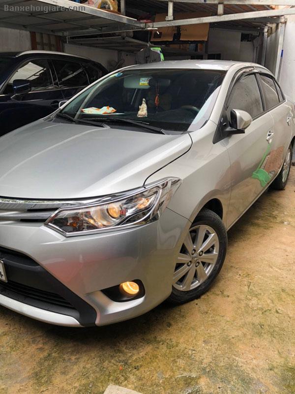 Bán xe Toyota  Vios 5 chỗ  gia đình sử dụng bảo dưỡng định kỳ, đời 2015.