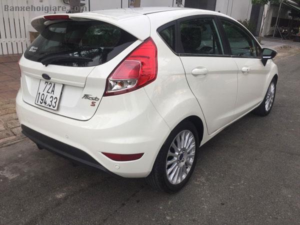 Cần bán xe FOR sản xuất 12/2016, xe đẹp ,bao mới